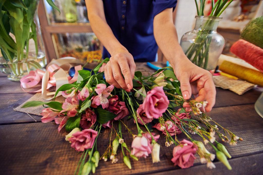 آموزش گل آرایی با گل طبیعی
