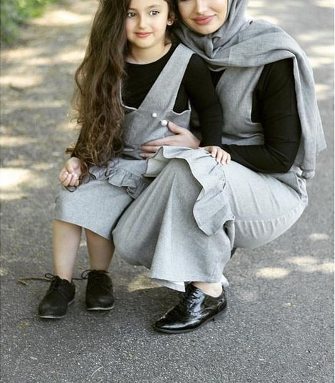 جدیدترین ست لباس مجلسی مادر و دختر