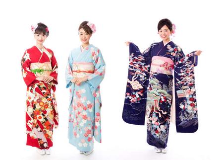 کیمونو لباس سنتی ژاپنی