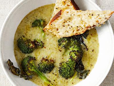 طرز تهیه سوپ سیب زمینی، بروکلی و چدار