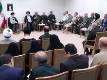 دیدار دستاندرکاران کنگره شهدای استان کردستان با رهبر انقلاب
