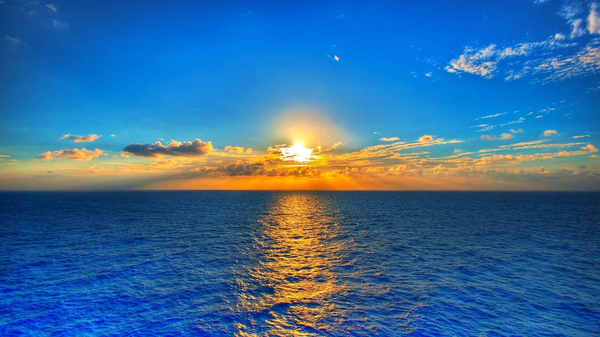 عکس خورشید و دریا