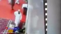 ...و ناگهان مرگ فرا می رسد | کلیپ واقعی از مرگ عجیب و ناگهانی در مسجد