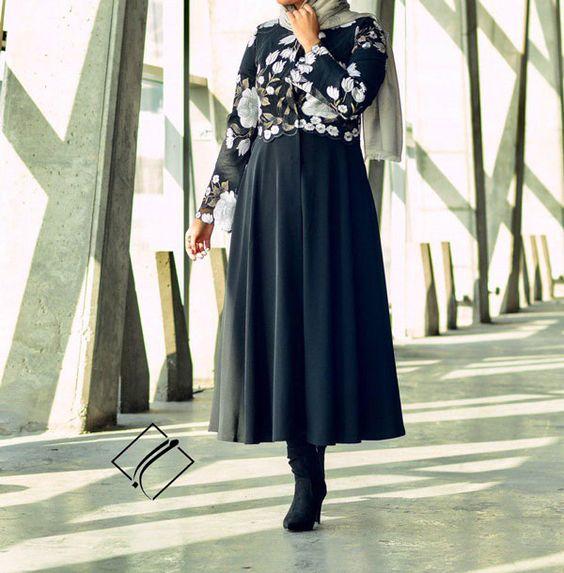 مدل مانتو مجلسی بلند مشکی زنانه