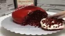 تزئین کیک به شکل انار مخصوص شب یلدا