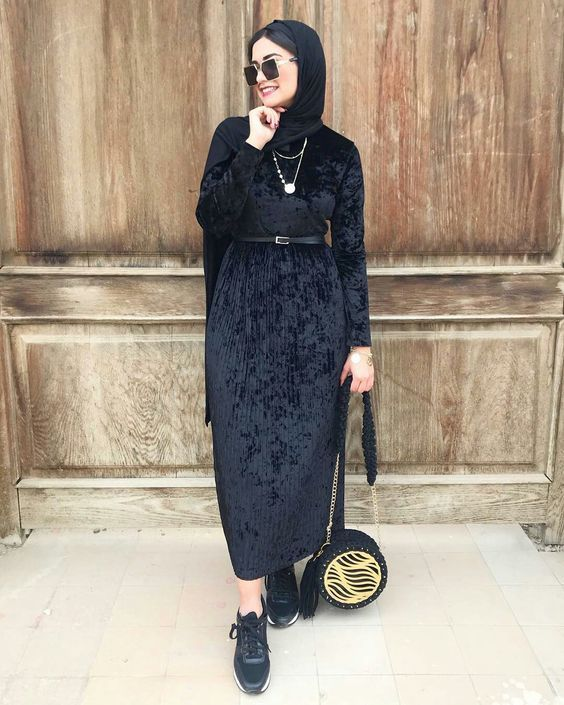 مدل مانتو بلند دخترانه زمستانی مخمل