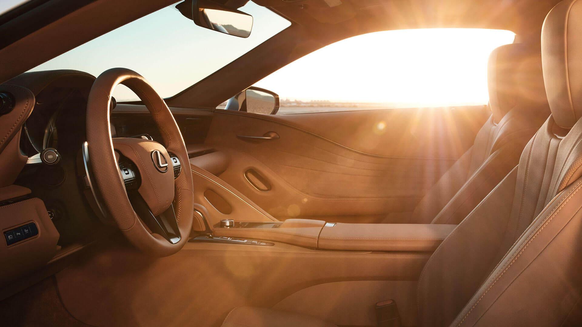 آیا کابین خودرو در فصل تابستان گازهای سمی منتشر میکند