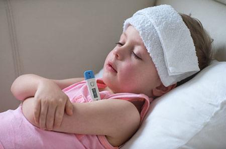 تب کردن کودکان