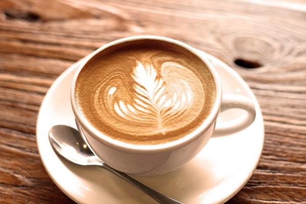 مصرف قهوه در دوران سرماخوردگی + آیا وقتی سرماخوردگی داریم قهوه مصرف کنیم؟