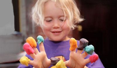 خمیر بازی کودکان