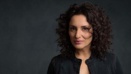 Zeynep Baksi Karatag - Adaletin Bu Mu Dunya