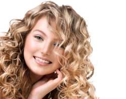 با مواد طبيعي موهاي خود را تقويت و نرم کنيد