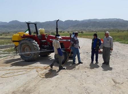 ضدعفونی و گندزدایی روستاهای بخش بوشکان از کرونا توسط گروه جهادی افسران ولایت+تصاویر