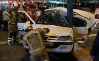 راننده پژوپارس به علت تصادف با تير برق جان داد