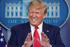ترامپ دستور نابودي قايق هاي ايراني را صادر کرد
