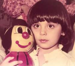 مارال فرجاد وقتي سه ساله بود