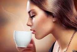 نوشيدن قهوه همراه با آب خنک چه علتي دارد؟