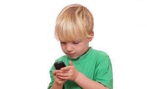 خطرات گوشی موبایل برای بچه ها,آسیب های تلفن همراه برای کودکان