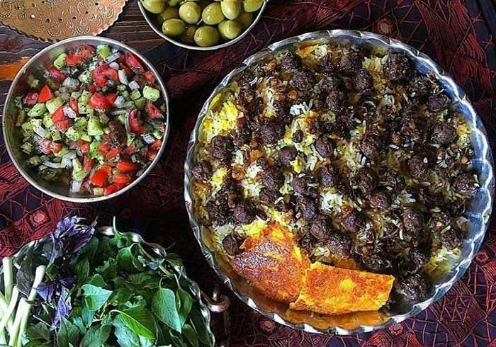 طرز تهیه قنبرپلو شیرازی