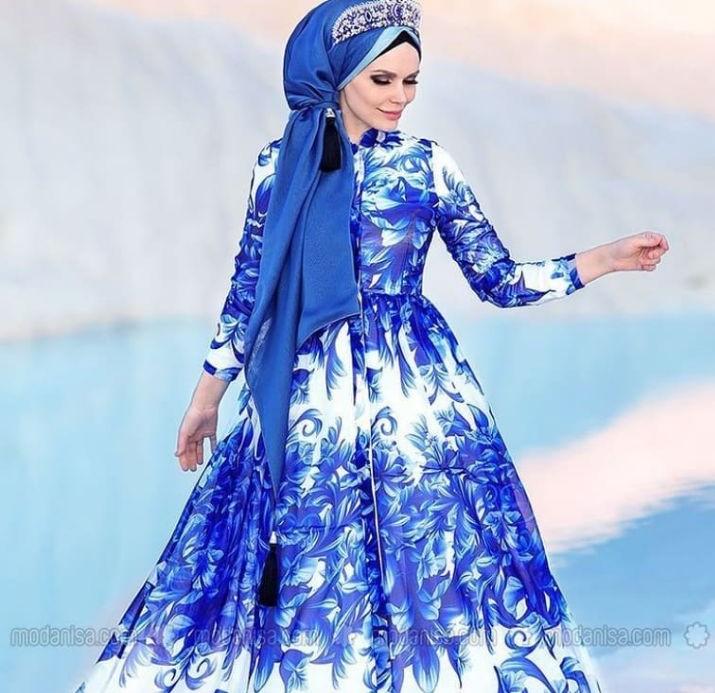 مدل لباس مجلسی بلند پوشیده در اینستاگرام
