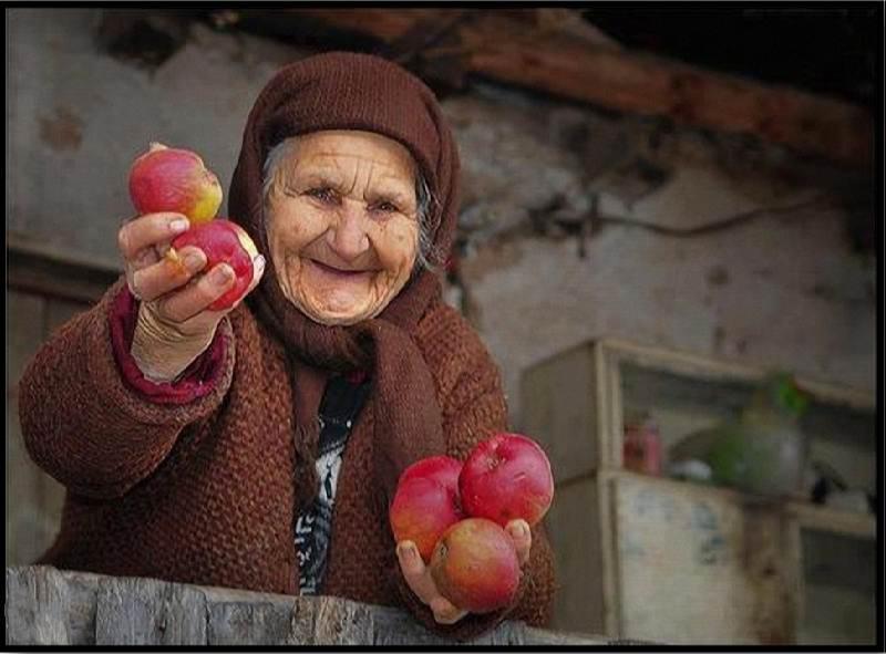 داستان خواندنی ( کمی میوه برای پیرزن،کدام مستحق تریم؟)