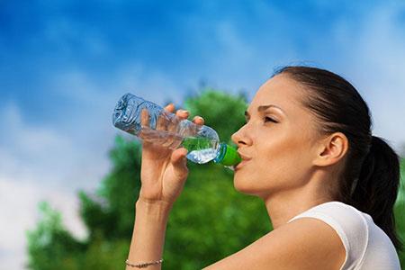 میزان آب در بدن انسان،میزان آب مصرفی روزانه