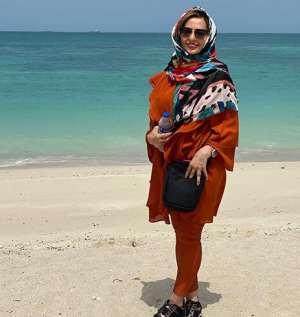 نفيسه روشن بدون ماسک در سواحل خليج فارس