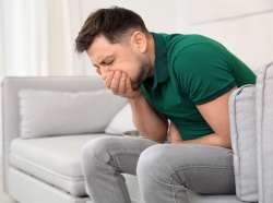 درمان حالت تهوع با چند روش ساده