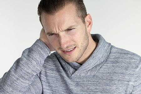 علت گوش درد،علت درد گوش چپ