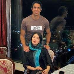 سپهر حيدري و همسرش در يک رستوران شيک