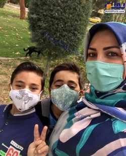 عکس سه نفري الميرا شريفي نيا با فرزندانش