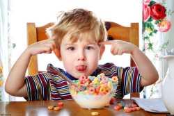 رفتار مناسب با کودک لجباز / چگونه با کودک لجباز برخورد کنيم؟