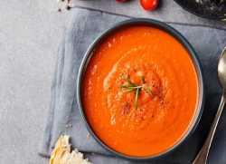 طرز تهيه سوپ گوجه فرنگي بسيار خوشمزه