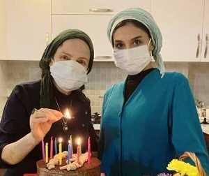 جشن تولد گلاب آدينه با ماسک