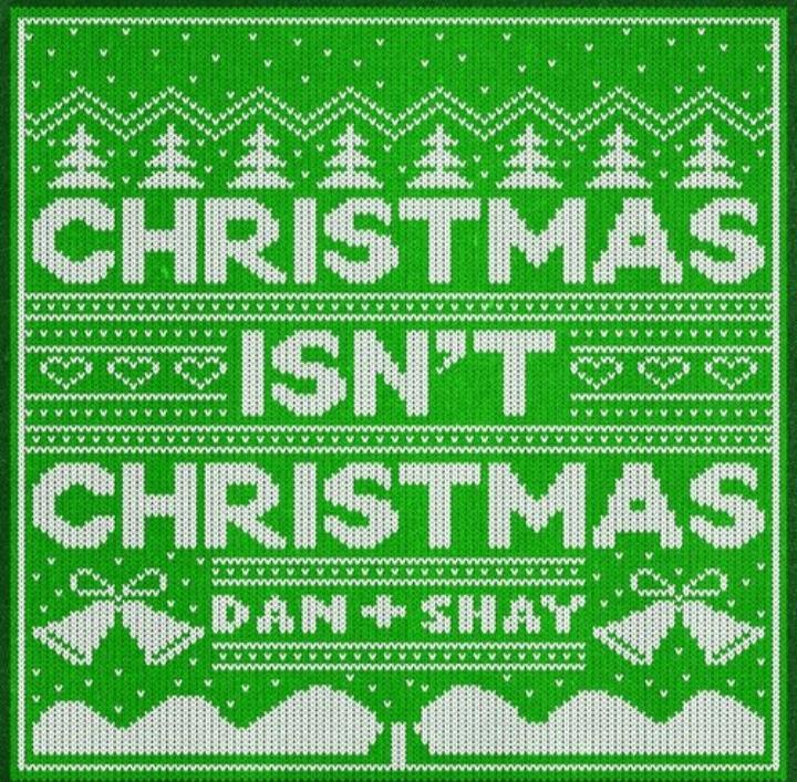 متن و ترجمه آهنگ Christmas Isn't Christmas از دن + شی