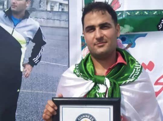 آرش احمدی طیفکانی رکورد جهانی روپایی مسافت با توپ را شکست