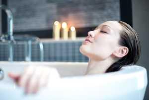 حمام کردن خانم ها در دوران قاعدگي / بهداشت خانم ها