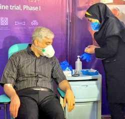تزريق دومين واکسن کروناي ايراني