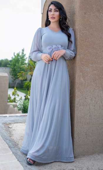 لباس مجلسي بلند و شيک با رنگ نرم و لطيف