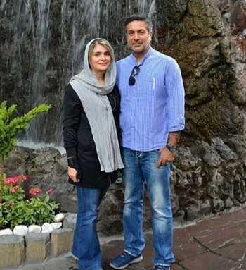 آقا کمال خانه امن در کنار همسرش