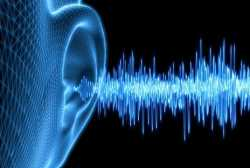 التهاب گوش مياني چه علتي دارد؟