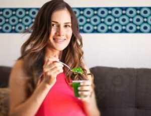 خوردن ژله براي خانم هاي باردار چه عوارضي دارد؟ /تغذيه در بارداري