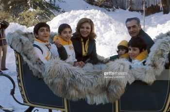 تفريحات شاه با خانواده اش در سوييس