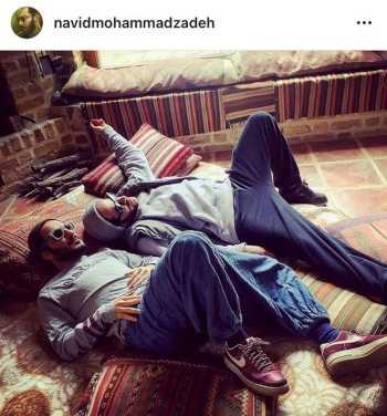 نويد محمدزاده با شلوار گشاد و کفش هاي قرمز