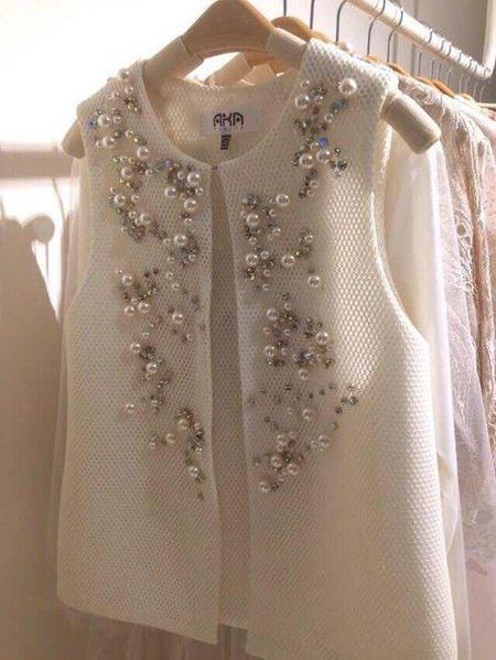 مروارید دوزی روی لباس