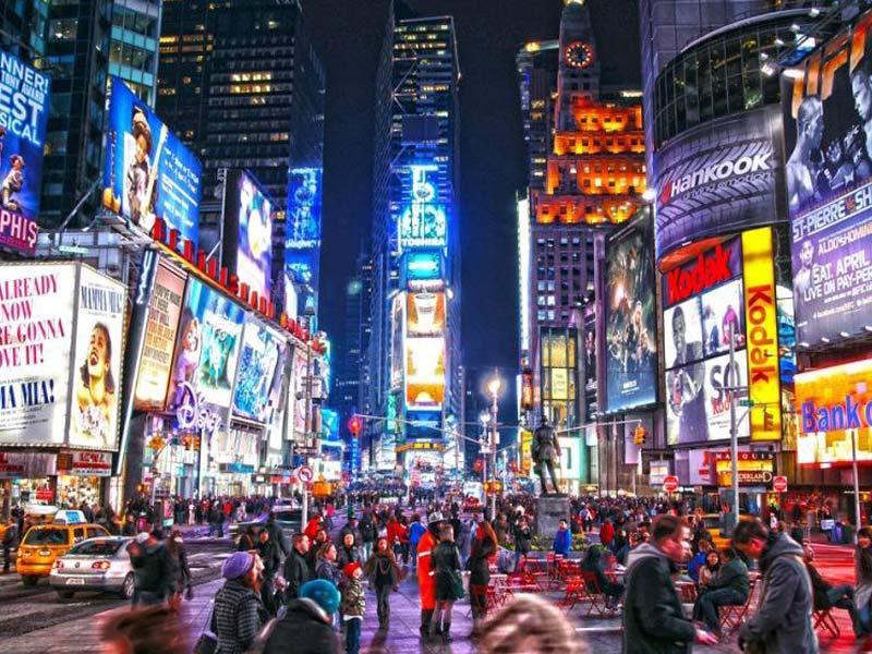 تبلیغات محیطی چیست و چه تأثیری بر کسب و کار شما دارد؟