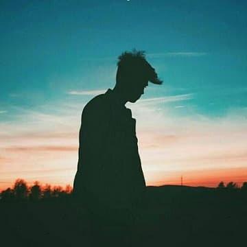 دانلود آهنگ تو که چید بی تو خسته بیه قلب شکسته و بیارم