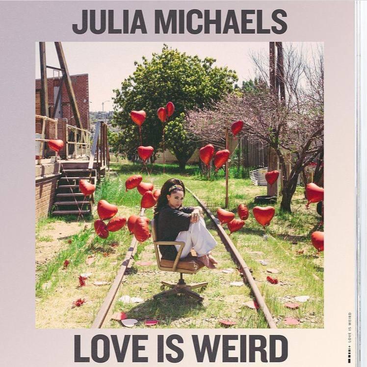 متن و ترجمه آهنگ Love Is Weird از جولیا مایکلز
