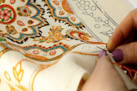 آشنایی با هنر چشمه دوزی