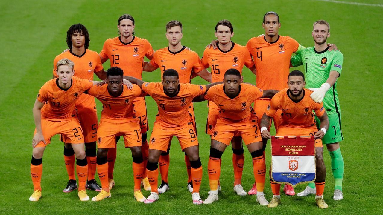 ترکیب تیمهای ملی هلند و اوکراین مشخص شد